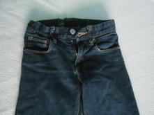 Úzké džíny, 134