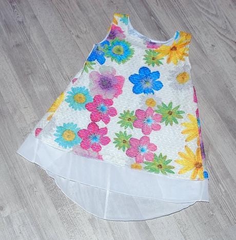 Letní vzdušné pružné šaty / tunika s květy, 92