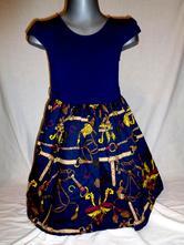 Kouzelné modrozlaté šaty, 122