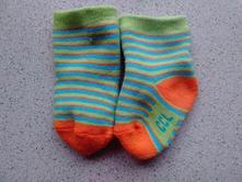 Novorozenecké ponožky, 17
