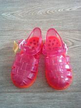 Sandálky vel. 24, 24