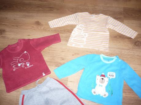 Tepláky, 2 mikiny, tričko, vel. 80, early days,80
