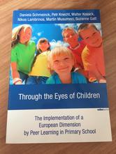 Through the eyes of children anglická kniha,