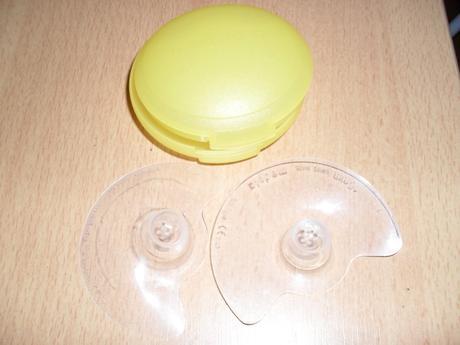 Medela  kojicí kloboučky v krabičce vel. 16 mm,