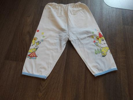 Pyžamové kalhoty, 86