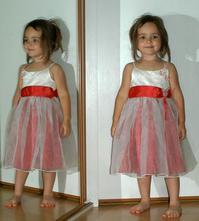 Slavnostní sváteční společenské šaty - vada, 92