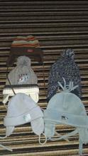 Zimní čepice, 74