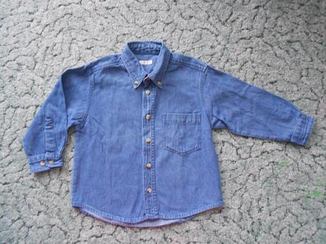 Modrá košile, items,104