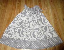 Šaty s mašličkou, 104