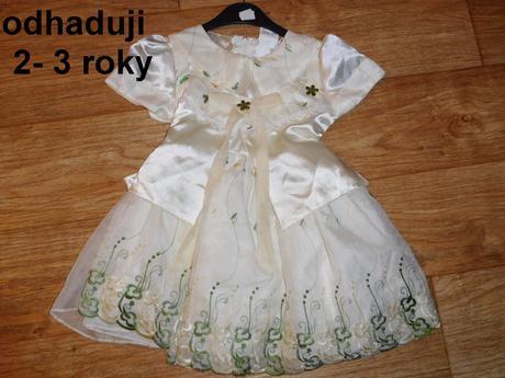 Šaty slavnostní možno na křtiny, 92