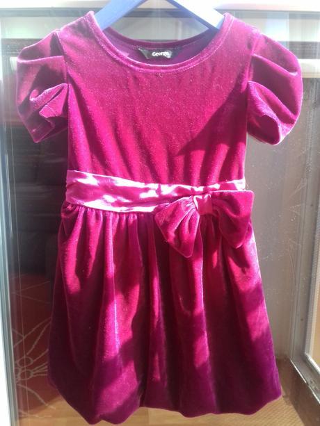 Slavnostní sametové šaty, george,92