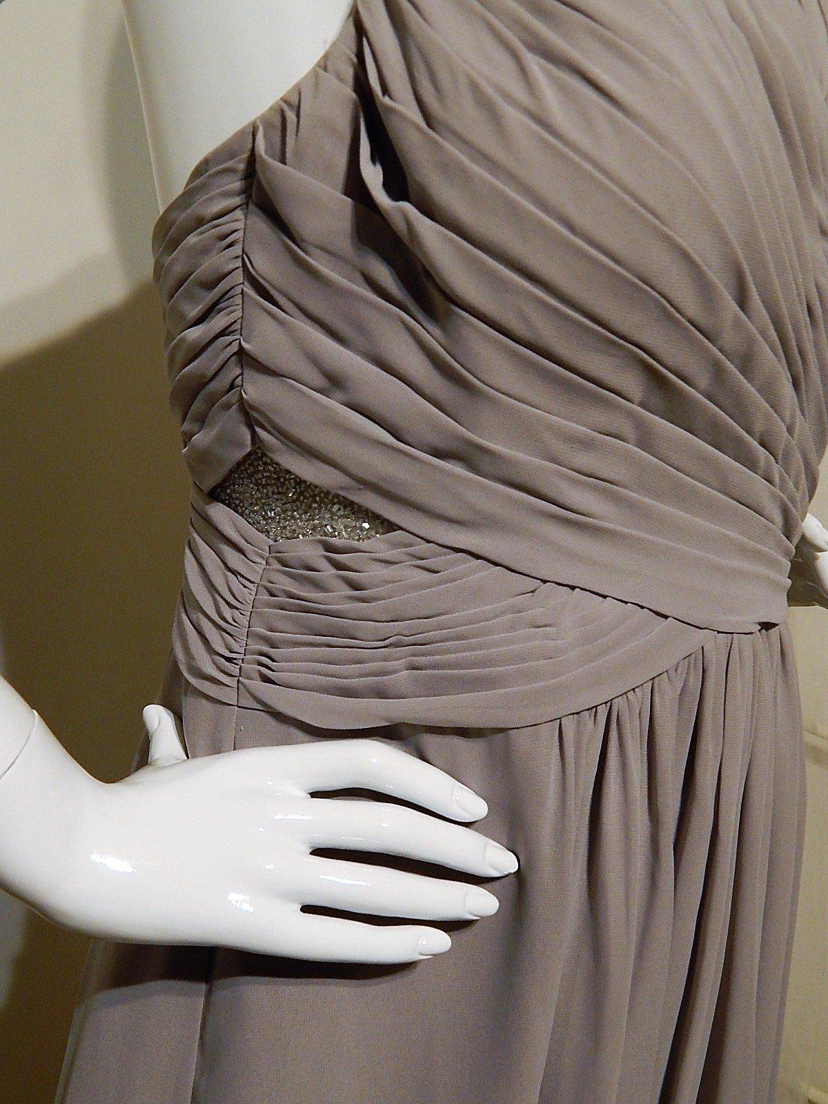94d850b8a62 36 inzerátů • 6 hodnocení. Plesové šaty ...