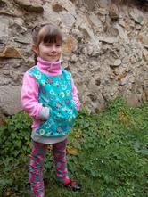 Mikina - louka plná květin, 98 - 134