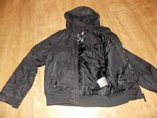 Bunda s kapucí, 128