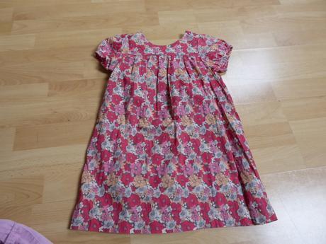 Květované šaty, cherokee,104