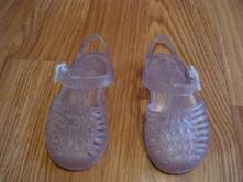 Sandálky do vody, 20