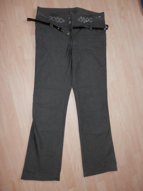 Kalhoty s páskem, 38