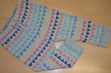 Tepláčky s barevnými trojúhelníčky next,vel.86, next,86