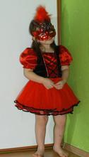 Karnevalové šaty červená karkulka,