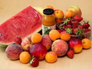 Dnešní nákup - milujeme ovoce (naštěstí to Davídek podědil)