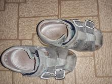 Sandalky 22, 22