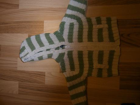 Zelenobéžový svetr, minoti,68