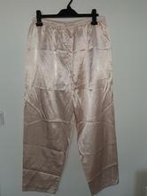 Pyžamové kalhoty, 44