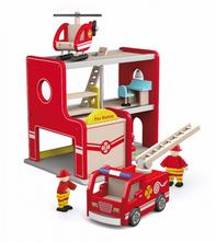 Dřevěná požárnická stanice,