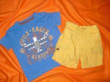 Luxusní komplet modrého trička a žlutých kraťasů , next,80