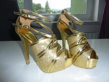 Vysoké boty, 35
