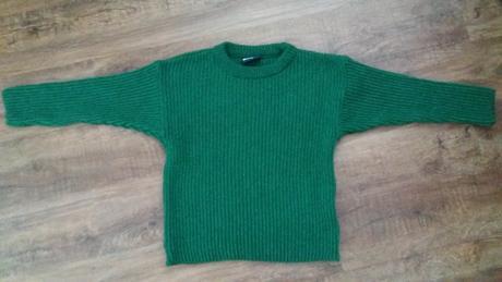 Teplý zelený svetr, 110