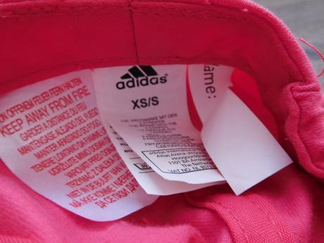 Kšiltovka adidas pro dvojčata, 92