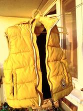Módní hořčicová zimní vesta, h&m,116