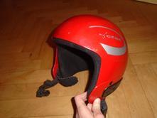 Lyžařská helma xs,