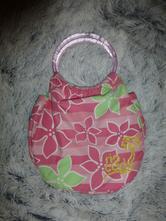 Květovaná kabelka rip curl,