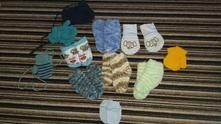 Ponožky a rukavice,