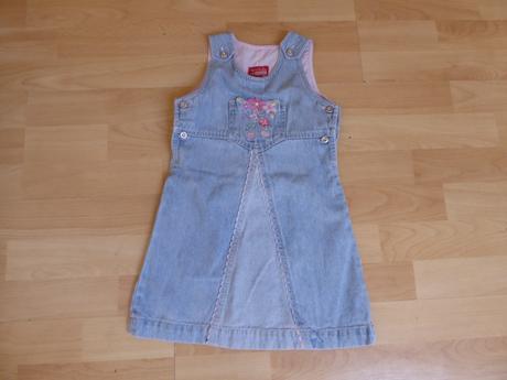 Riflové šaty s kapsičkou, 104