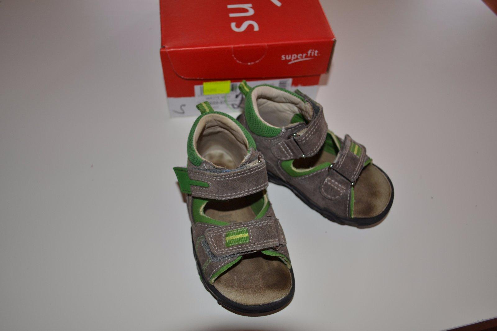 f12ea561ad3 Superfit zdravotní sandálky vel.22
