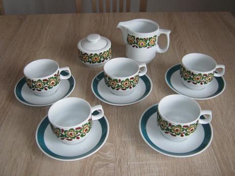 Porcelánový kávový set zelený s květy,