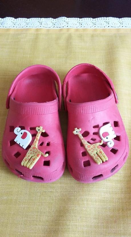 Dívčí sandálky, 25