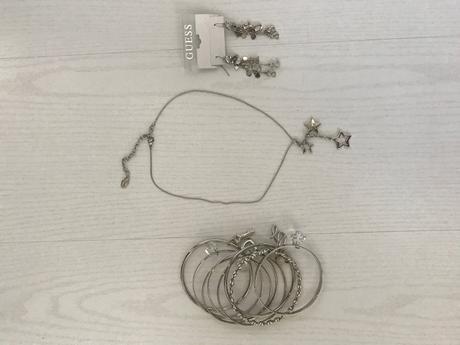 Guess náramek, náhrdelník a náušnice,