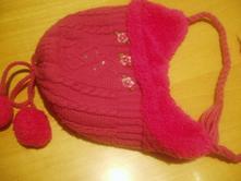 Pletená růžová čepice, 92