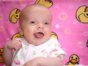 30.6.2010 - první vyfocený úsměv :-)