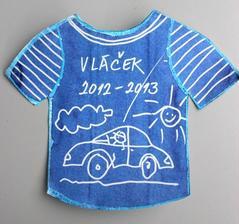 Téma: oblečení_tričko (inkoust & zmizík)