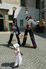 A dokonce óbrovské klauny, kterých se teda ta naše prďola docela bála :)
