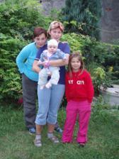 Na náštěvě u jedný strašně hodný tetičky.......kterou má máma strááášně moc ráda :-))