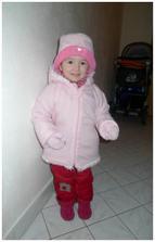 Anička jde do mateřského centra :)