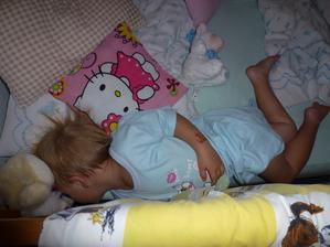 Trénink na spaní ve velké posteli:-)