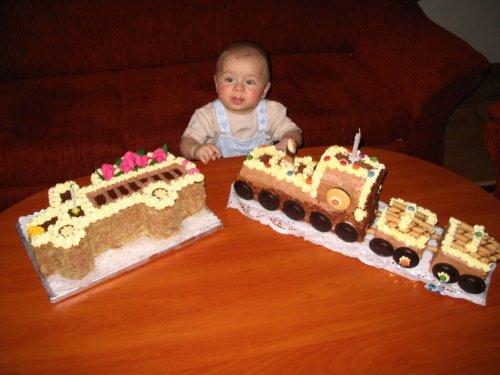 Dostal jsem dva krásné dortíky :-)