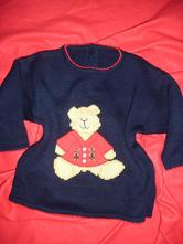 Tmavě modrý svetr s medvídkem, marks & spencer,104
